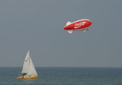 AS7_cocacola_blimp