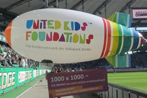 UKF Blimp Painted Example
