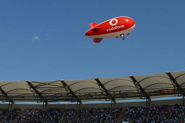 vodafone_blimp_as7_stadium