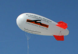 Vodafone_blimp_AS7