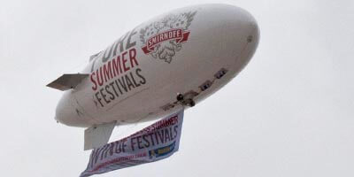smirnoff_e17_blimp_with_flag
